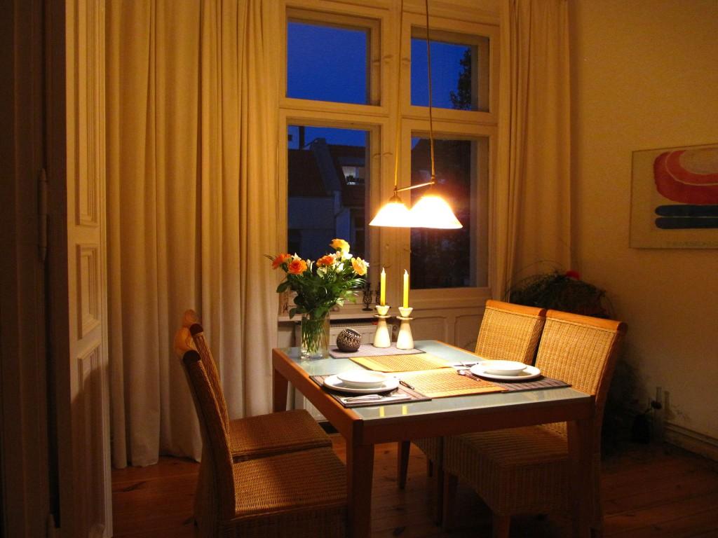 beleuchtung im wohnzimmer elektro hoffmann. Black Bedroom Furniture Sets. Home Design Ideas
